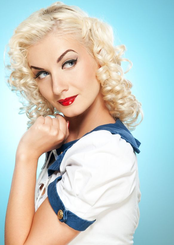 Blonde Pin-Up Beauty
